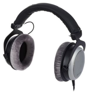Auriculares de estudio Beyerdynamic DT 880 PRO