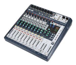 Soundcraft Signature 12. Mesa de mezclas